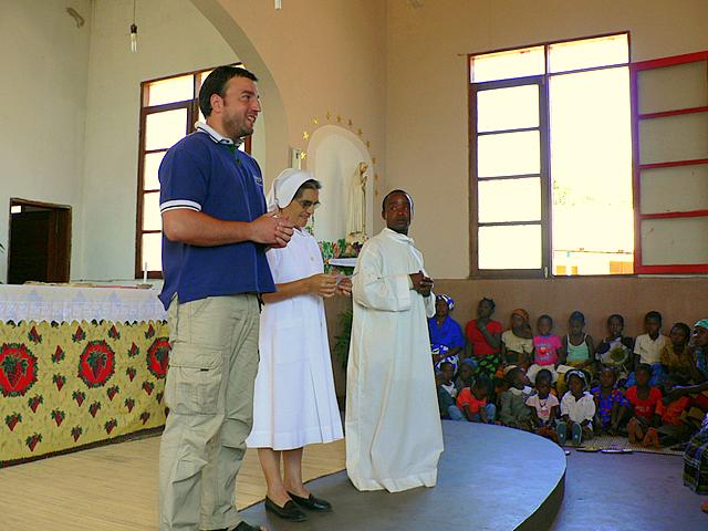 Mi presentación a la Comunidad Cristiana de Chiúre - Domingo tras la Eucaristia